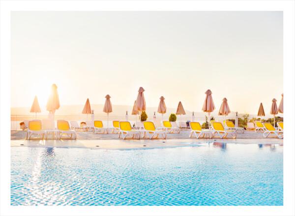 all inclusive solstolar bredvid pool