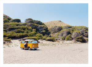 Sandstrand men volkswagen folkabuss